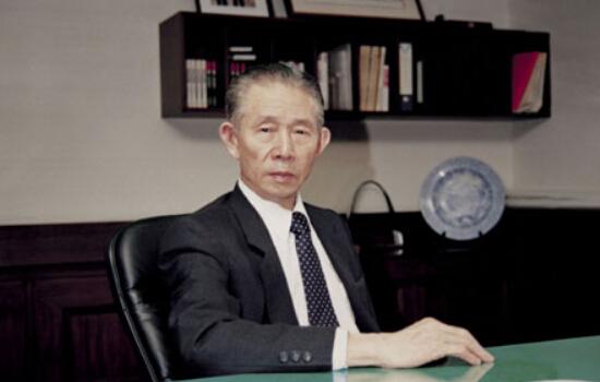 """台湾""""经营之神""""王永庆"""